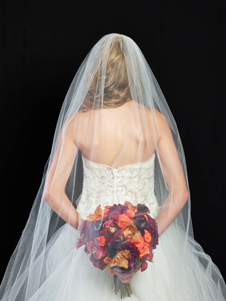Colorado wedding photographers, bridal veil, bouquet