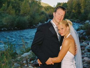 Bride and Groom Roaring Fork Club