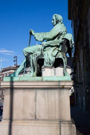 Statue Royal Danish Theater